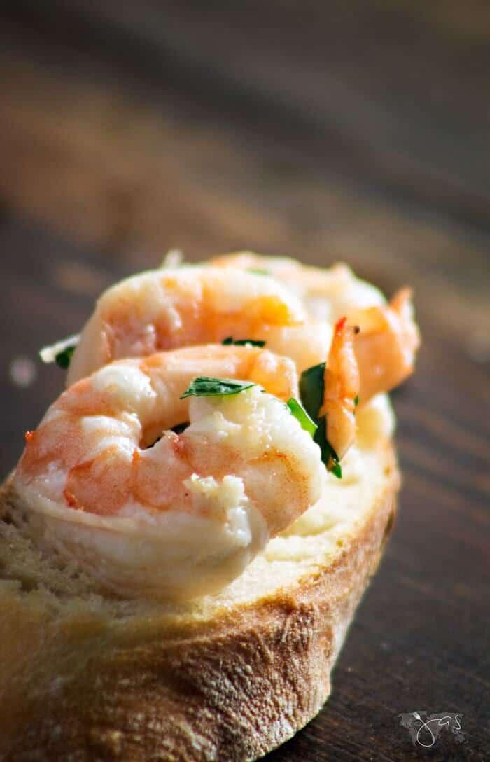 Delicious Spanish style garlic shrimp