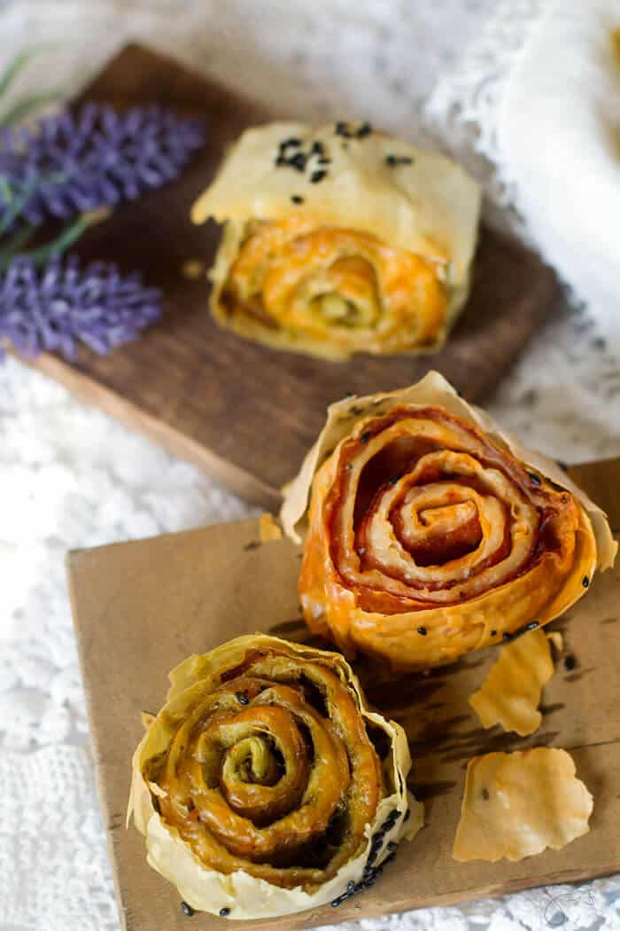 Delicious, baked twice pinwheels with fillo pastry