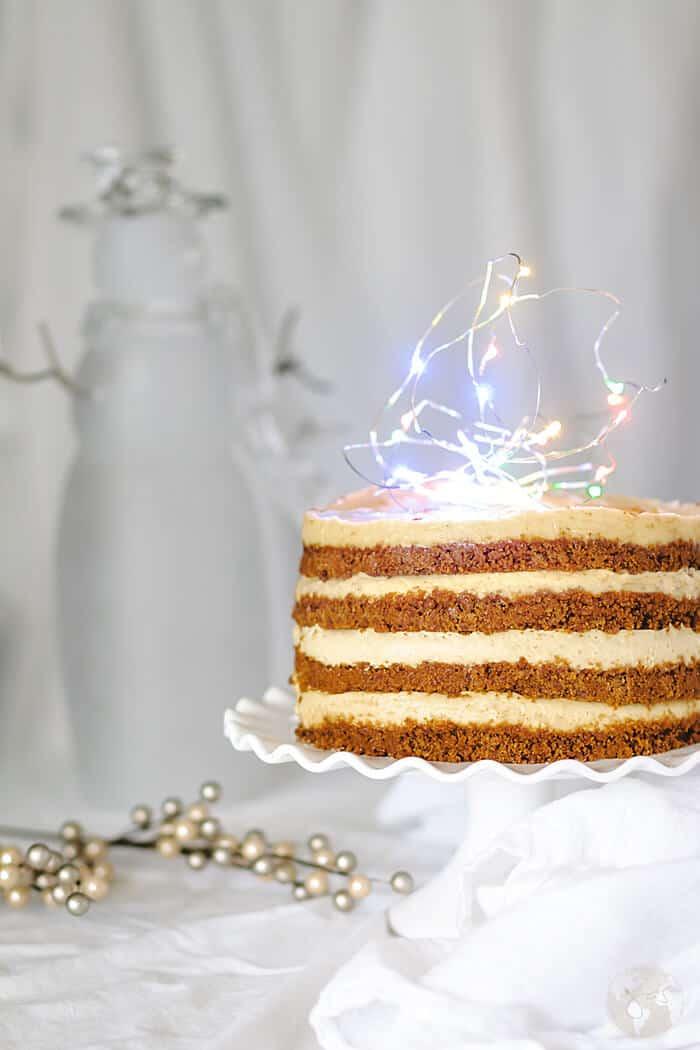 No-Bake Eggnog Gingersnap Cheesecake Cake   allthatsjas.com