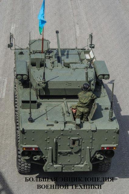 Броневая машина пехоты К-17 «Бумеранг», вид на корму