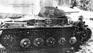 Один из Pz.ll 3-й роты 40-го батальона специального назначения. апрель 1940 года