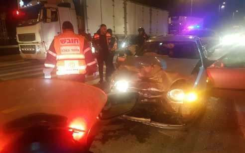 כביש 4: שני נפגעים כתוצאה מתאונה עם מעורבות שני כלי רכב