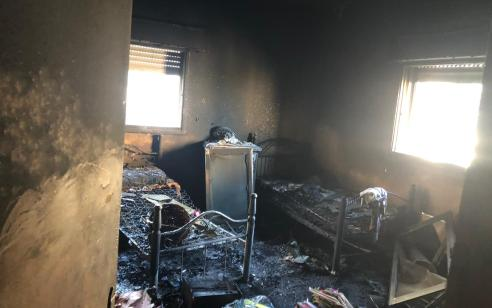 פצוע בינוני וקל בשריפת דירה בשכונת עיסאוויה במזרח ירושלים