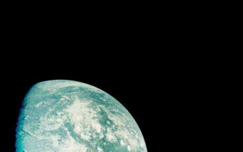 """בדרך לירח: התמרון של החללית """"בראשית"""" הסתיים בהצלחה"""