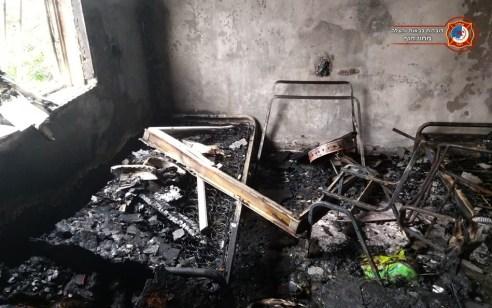 נזק כבד לדירה בשריפה בבנין בקרית ביאליק – אין נפגעים