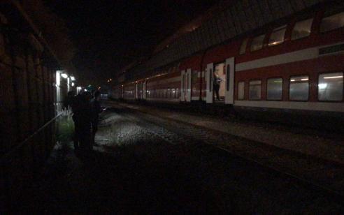 הולך רגל נדרס למוות מרכבת סמוך לתחנת פתח תקווה