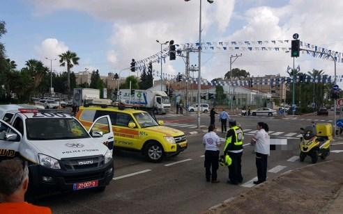 רמלה: הולכת רגל בת 80 נפגעה ממשאית ונהרגה