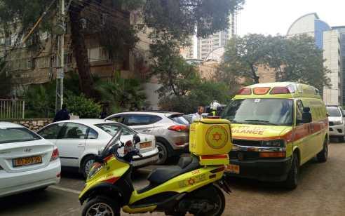 ילד בן 7 נפצע קשה מארון שנפל עליו בבית ספר בחיפה