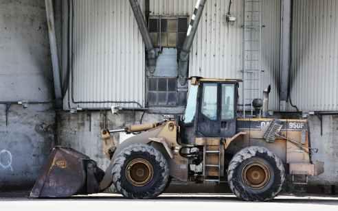 קיבוץ שפיים: נהג טרקטור נהרג בתאונת עבודה בשטח פתוח