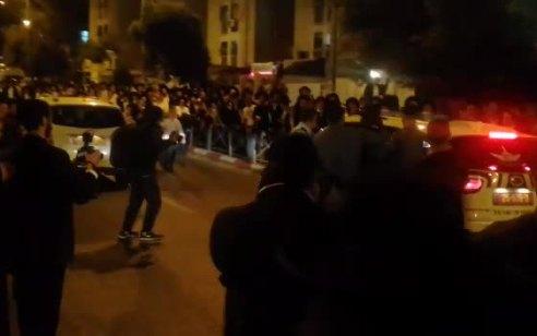 מחאת הקיצונים בירושלים: מאות הפגינו וחסמו כבישים ברחוב בר אילן – 4 חשודים נעצרו