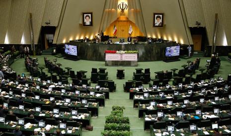 """בכיר בפרלמנט האיראני מאיים: """"היישות הציונית תושמד בתוך חצי שעה אם ארצות הברית תתקוף אותנו"""""""