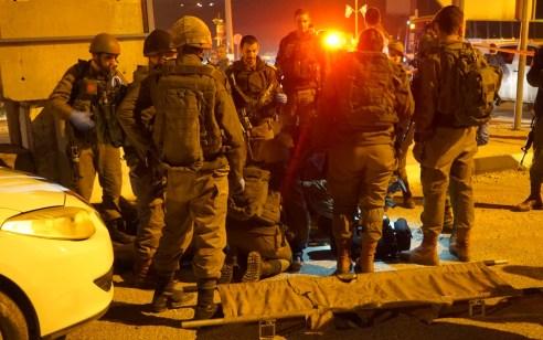 במהלך הלילה נעצרו 2 ערבים לא חמושים שחצו את הגדר בגבול עזה