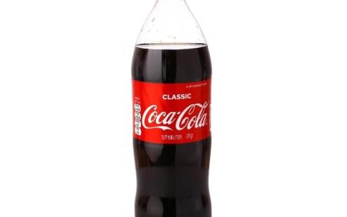 מספר מועט של בקבוקי קוקה קולה 1.5 ליטר הופצו ללא תאריך תוקף – החברה מדגישה שהבקבוקים תקינים אך קוראת להחזירם