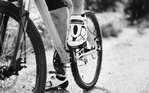 רוכב אופניים בן 9 נפצע בינוני בתאונה עצמית בבני ברק