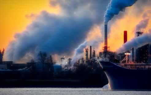 איראן השתלטה על מיכלית נפט ולקחה בשבי את הצוות