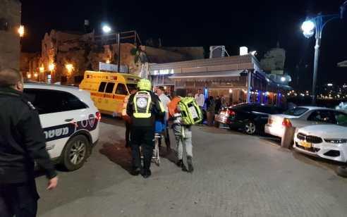 חשד לפגע וברח בירושלים: הולך רגל בן 56 נפגע מרכב סמוך למחסום ענתות – בבית חולים נקבע מותו