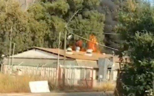 """אזרח עובד צה""""ל נהרג ועובד נוסף נפצע בינוני מפיצוץ מטף כיבוי בבסיס תל השומר"""