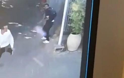 ניסיון פיגוע במסוף אלנבי: מחבל תושב שכם שחזר מירדן תקף חייל בלבוש אזרחי באמצעות כבל – תיעוד