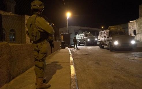 הלילה נעצרו שמונה מבוקשים פעילי טרור ונתפסו m-16 ותחמושת