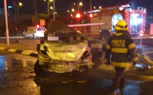 נהג רכב נהרג לאחר שהתנגש ברמזור ורכבו עלה באש בכפר סבא