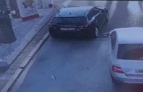 זהירות: בזמן תדלוק ערבי נכנס לרכב ונמלט – צפו