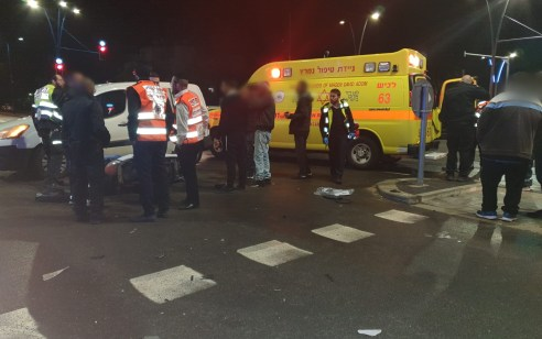שלושה פצועים, בהם ילדה בת 10 במצב בינוני וילד כבן 9 במצב קל, לאחר שרכב התנגש באשדוד