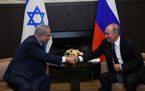 באיחור של כמעט שלוש שעות: ראש הממשלה בנימין נתניהו וולדימיר פוטין נפגשו בסוצ'י 