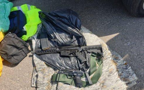 נעצר חשוד בהחזקת אמצעי לחימה מסוג רובה M-16 ואקדח איירסופט ברכבו בסמוך למעבר ג'למה