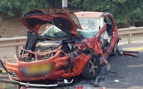 נהגת רכב בת 59 נהרגה בתאונה בין אוטובוס לרכב פרטי בכביש 232 סצוך לצומת חלץ
