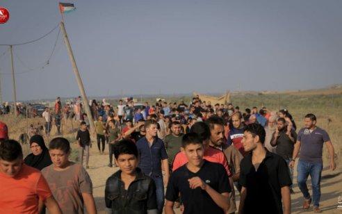 מעל 9,000 מחבלים מתעמתים עם חיילי צה״ל בגבול רצועת עזה ומשליכים מטענים ורימונים