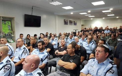 במבצע משטרתי בהשתתפות מאות שוטרים נעצרו 27 תושבי עכו וכפרי הגליל המערבי ונתפסו מספר כלי נשק וסמים