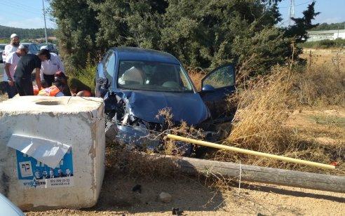 פצוע בינוני ופצועה קל בתאונה בין 2 רכבים בכביש 89 סמוך לצומת מירון