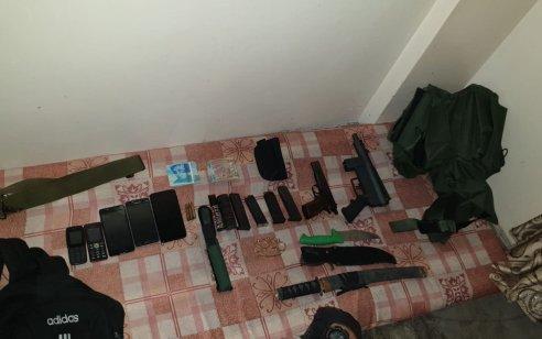 הלילה נעצרו 13 מבוקשים פעילי טרור ונתפסו נשקים