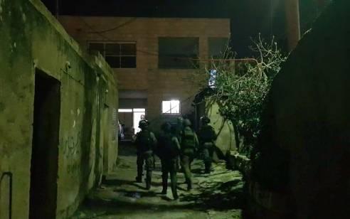 הלילה נעצרו 10 מבוקשים פעילי טרור