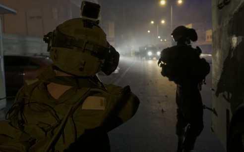 במהלך הלילה והחג נעצרו עשרה מבוקשים פעילי טרור