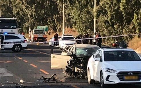 ארבעה פצועים קל, בהם אשת עבריין וילדיה הפעוטות, בפיצוץ מטען ברכב סמוך לפרדס חנה