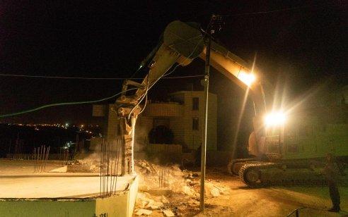 """כוחותינו הרסו את בתיהם של רוצחי הנער דביר שורק ז""""ל בכפר בית כחיל – תיעוד"""
