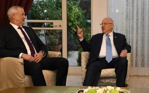 """גנץ לנתניהו לפני הפגישה עם הנשיא: """"מצב חירום"""" זה מאות טילים על אזרחי מדינת ישראל – בוא למו״מ ישיר"""