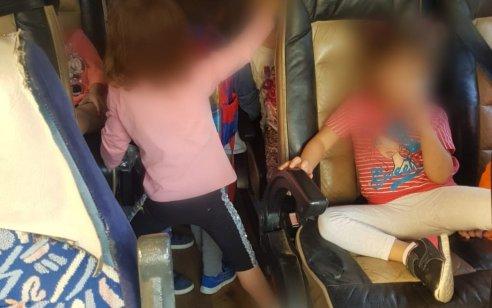 תושב תמרה נתפס מסיע 28 ילדים בגילאי 3-4 ברכב המתיר הסעה של 16 נוסעים בלבד