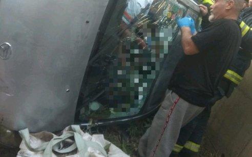 גבר כבן 80 ואישה כבת 73 נפצעו בינוני לאחר שרכבם הדרדר לחצר מגורים ביקנעם עילית