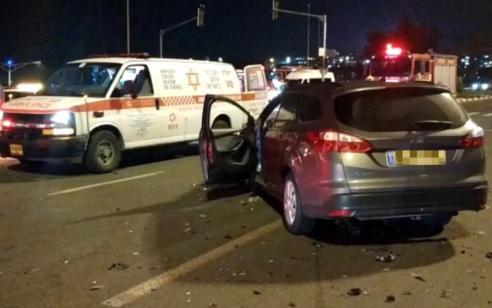 גבר ואשה נפצעו בינוני בתאונה בירושלים