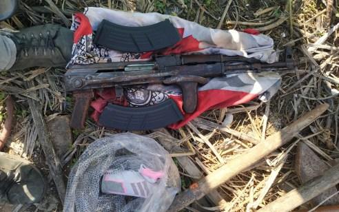 צפו: קלצ'ניקוב, מחסניות ותחמושת נתפסו בחיפוש בבית בלוד