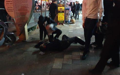 בני ברק: 5 עצורים במהלך הפגנה של הפלג הירושלמי בעקבות מעצר עריק – תיעוד של שוטר שובר מצלמה