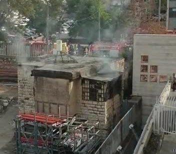 שני פצועים קשה ובינוני בשריפת מבנה בירושלים