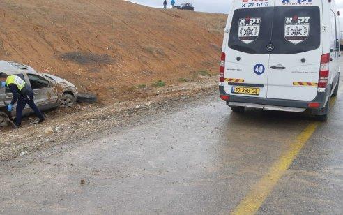 נהג רכב בן 24 נהרג בהתהפכות רכבו לתעלה סמוך לגבעות בר שבצפון הנגב