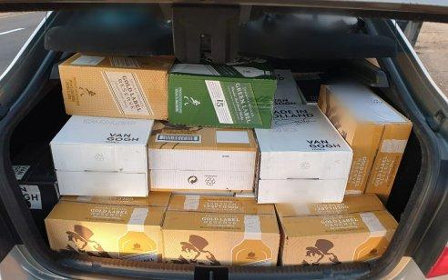נהג תושב אשדוד נעצר בחשד להברחת עשרות בקבוקי אלכוהול בשווי עשרות אלפי שקלים מאילת