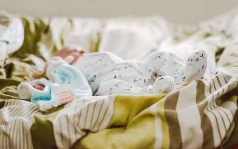 בית שמש: נקבע מותה של בת 3 שבועות לאחר נסיונות החייאה