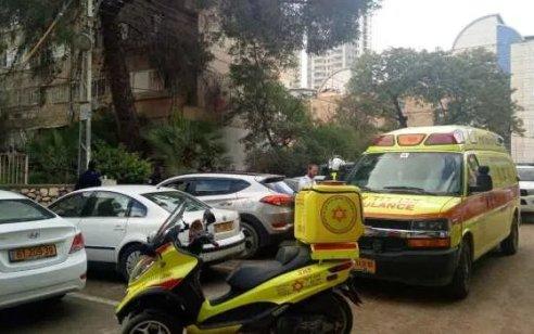 גבר בן 45 נפצע קשה במהלך עבודה עם מסור בבית בבארשבע
