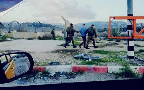סוכל פיגוע: מחבל חמוש בסכין נעצר סמוך לאפרת לאחר שניסה לדקור חייל
