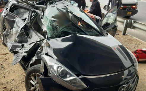 נהגת כבת 50 נפצעה בינוני בתאונה בין משאית לרכב במחלף מורשה